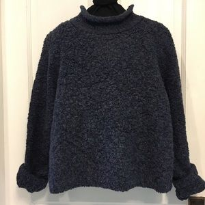 LIMITED SWEATER boxy fit